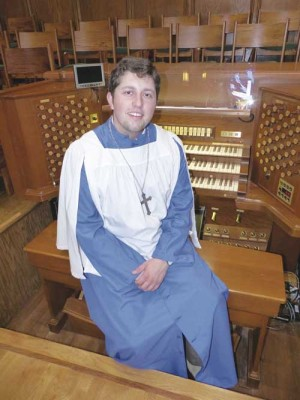 William Douglas will present organ concert