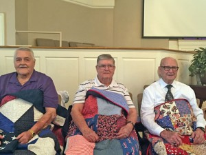 Veterans receive Quilts of Valor