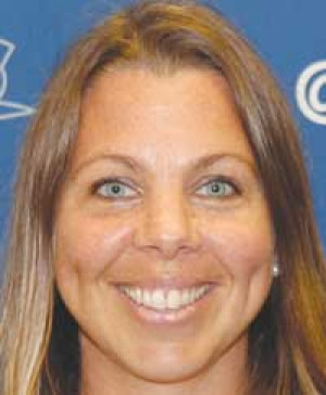 40-year-old mom of six runs cross-country for FMU