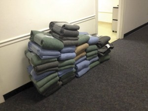 Blankets given to homeless