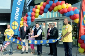 New grocery store brings fresh variety to