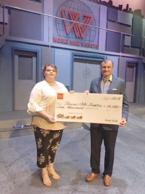 Wells Fargo provides Florence Little Theatre a $10,000 grant in honor of company volunteer