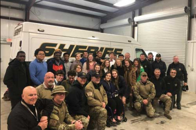 Junior Leadership visits sheriff's office