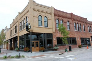 RE/MAX Professionals plans move downtown