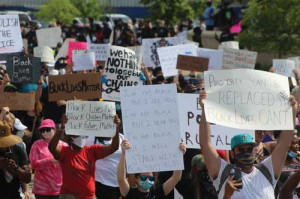 Peaceful Protests: Pair of marches in downtown Florence draw hundreds