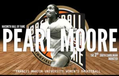 Moore to be inducted into Hall of Fame