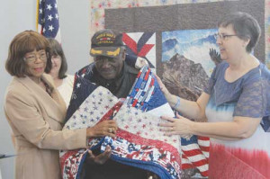 Two WWII vets among those given Quilts of Honor